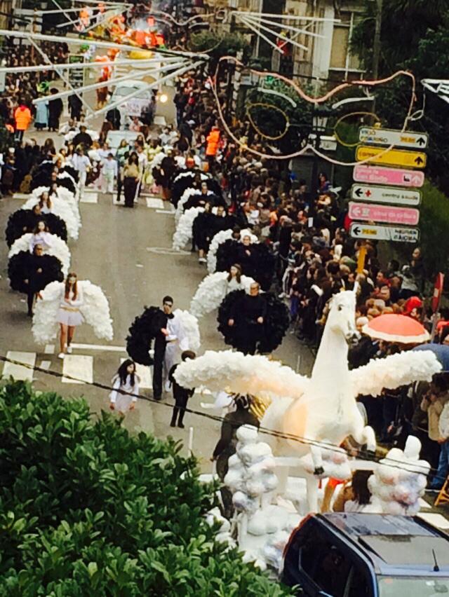 Desfile-Comparsas-Entroido-2015-Gondomar