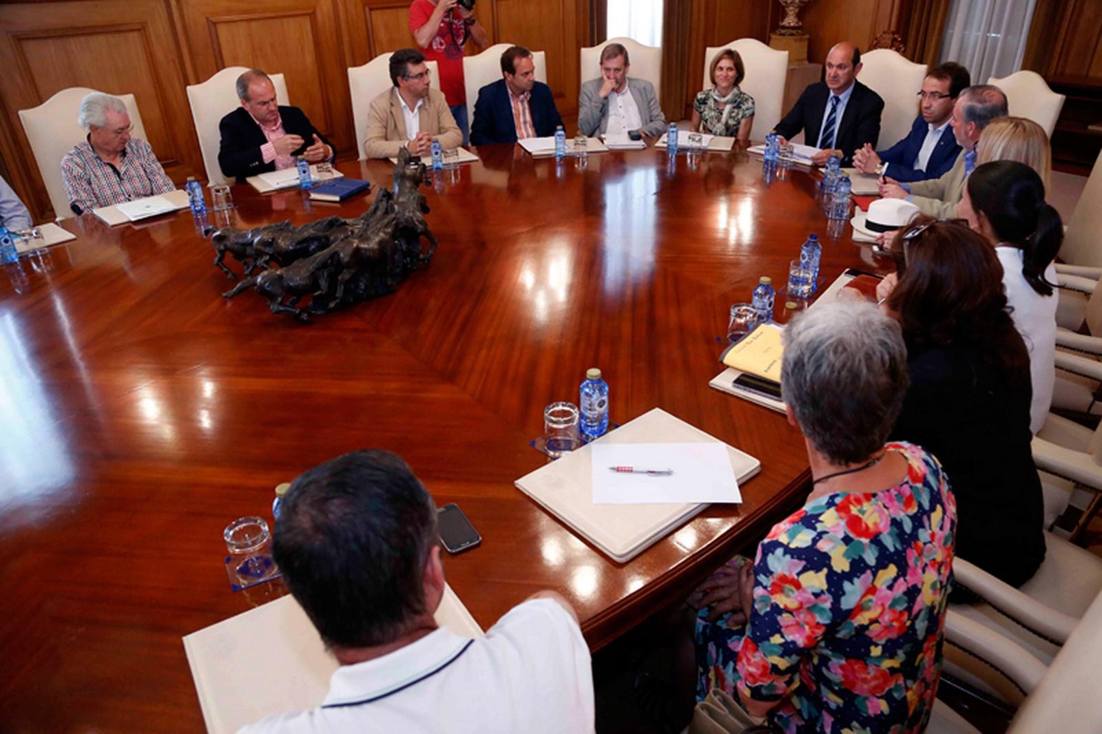 Deputación-Pontevedra-Axencia-Turismo-Galicia-promoven-coidado-Camiño-Portugués-como-mellor-embaixador-Rias-Baixas