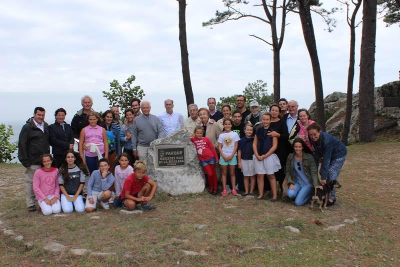 Concello-Baiona-inaugura-placa-parque-Virxe-Roca-memoria-Mercedes-Escaleira