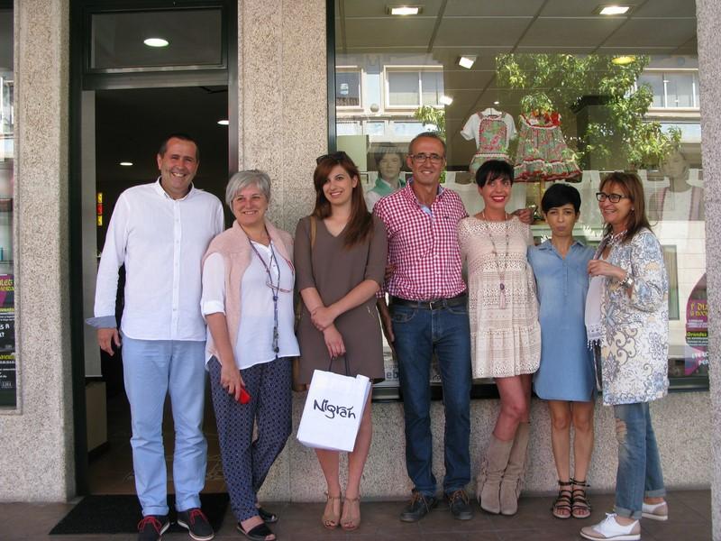 Comerciantes-Ramallosa-concello-celebran-sábado-primeira-Noite-Aberta-Outlet