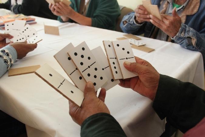 Activamos-nosa-mente-Taller-memoria-gratuíto-persoas-maiores-50-anos-oferta-Concello-Baiona