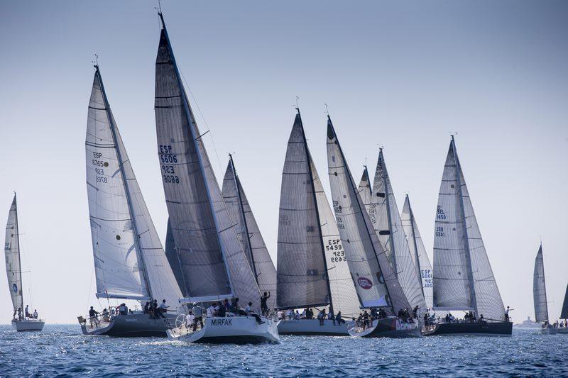 o-monte-real-club-de-yates-de-baiona-mrcyb-volve-en-2016-as-regatas-internacionais-coa-baiona-azores
