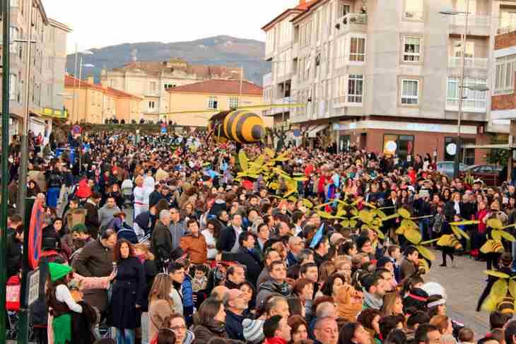 Máis de 1.400 persoas desfilarán no Entroido de Tui o próximo luns, festivo local na cidade